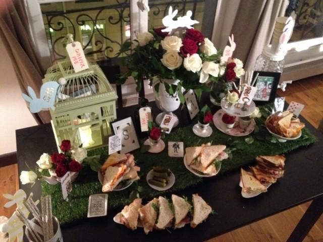 sweet table Alice au pays des merveilles_buffet shabby british vintage champêtre