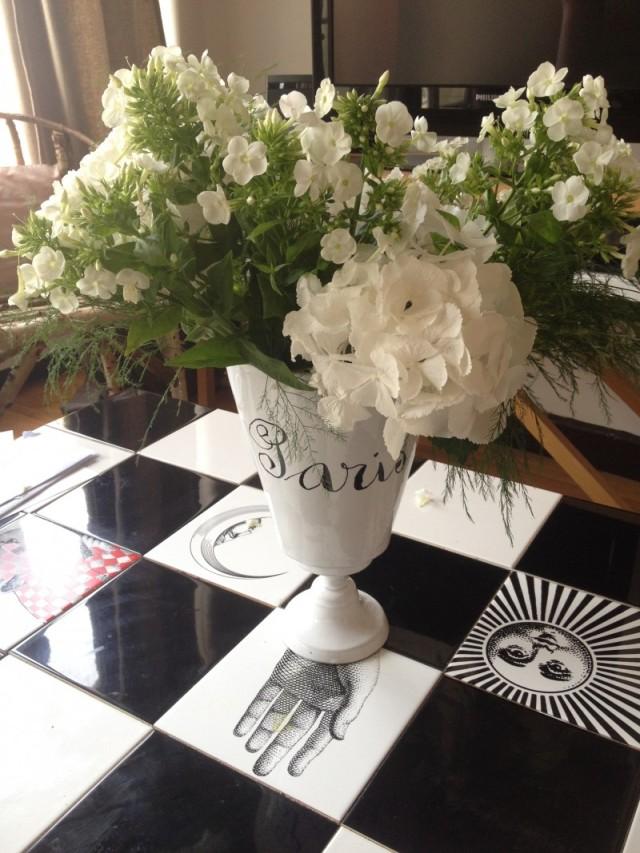 joli bouquet_phlox et hortensia_vase astier de villate