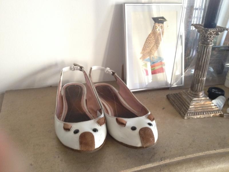 22__DIY ballerines abimées aux talons_transformer les chaussures sandales_pas à pas avec des souris blanches vernies de Marc Jacobs