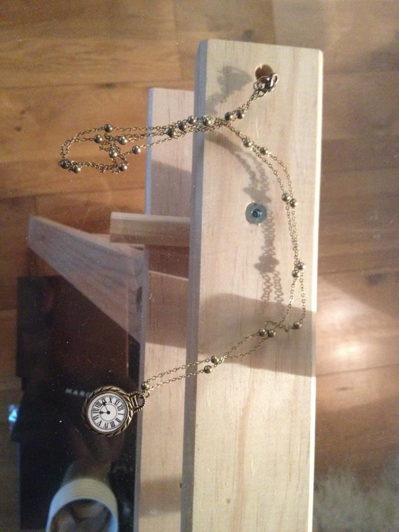 DIY Bijoux Alice au pays des merveilles_sautoir avec horloge montre vintage_chaine et pendantif laiton