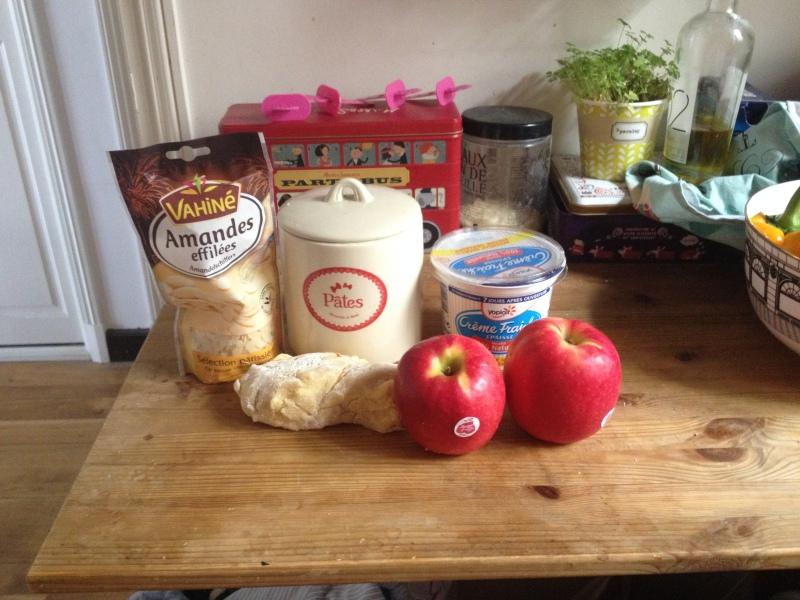 recette tarte aux pommes tartelettes amandes et crème_pâte brisée_pas à bas_nécessaires tous les ingrédients pour faire la recette